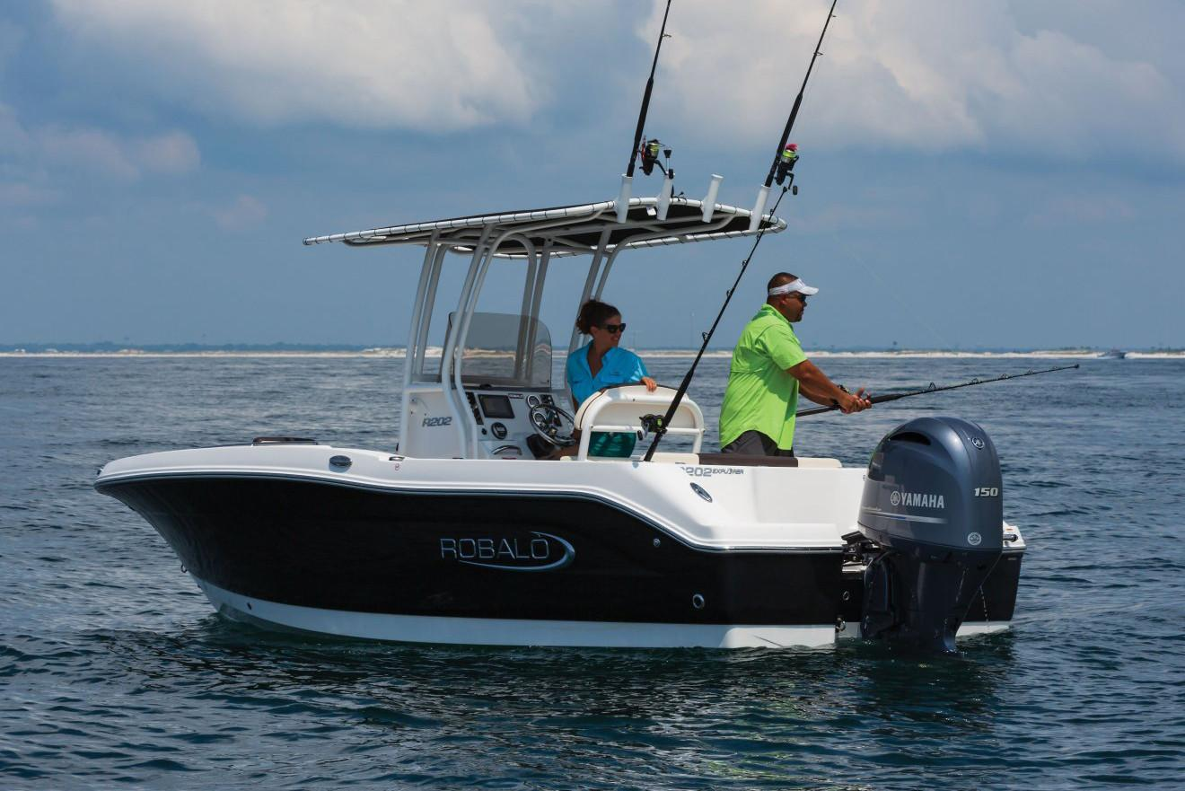 2020 Robalo R202 Explorer in Lakeport, California - Photo 4