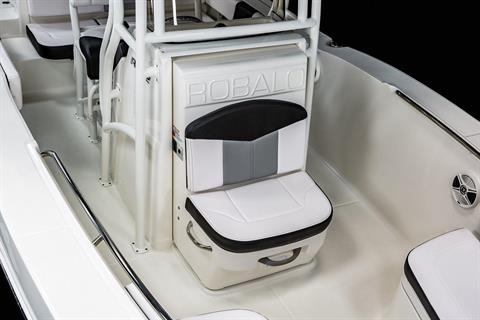 2020 Robalo R202 Explorer in Lakeport, California - Photo 7