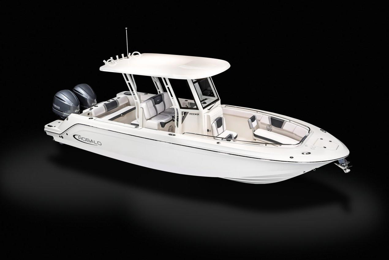 2020 Robalo R272 Center Console in Lakeport, California - Photo 18
