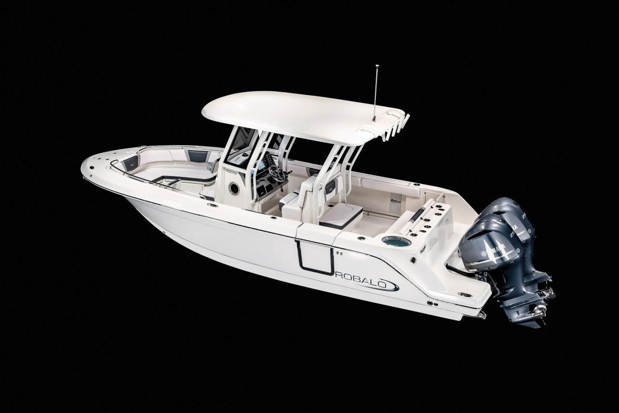 2020 Robalo R272 Center Console in Lakeport, California - Photo 19