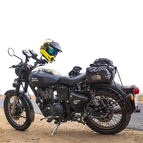 2019 Royal Enfield Classic 500 Stealth Black in Burlington, Washington - Photo 4