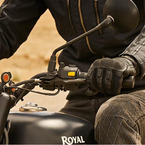 2019 Royal Enfield Classic 500 Stealth Black in Burlington, Washington - Photo 10