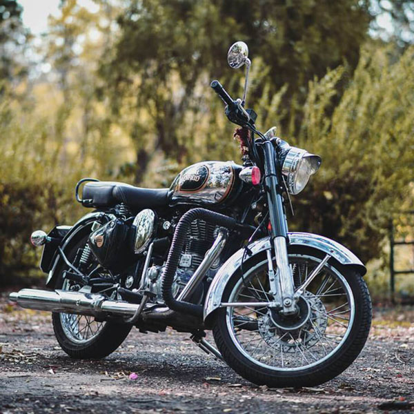 2019 Royal Enfield Classic 500 Stealth Black in Oakland, California - Photo 3