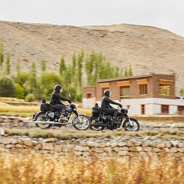 2020 Royal Enfield Classic 500 Stealth Black in Colorado Springs, Colorado - Photo 7