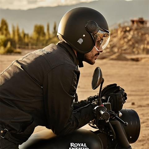 2020 Royal Enfield Classic 500 Stealth Black in Kent, Connecticut - Photo 11
