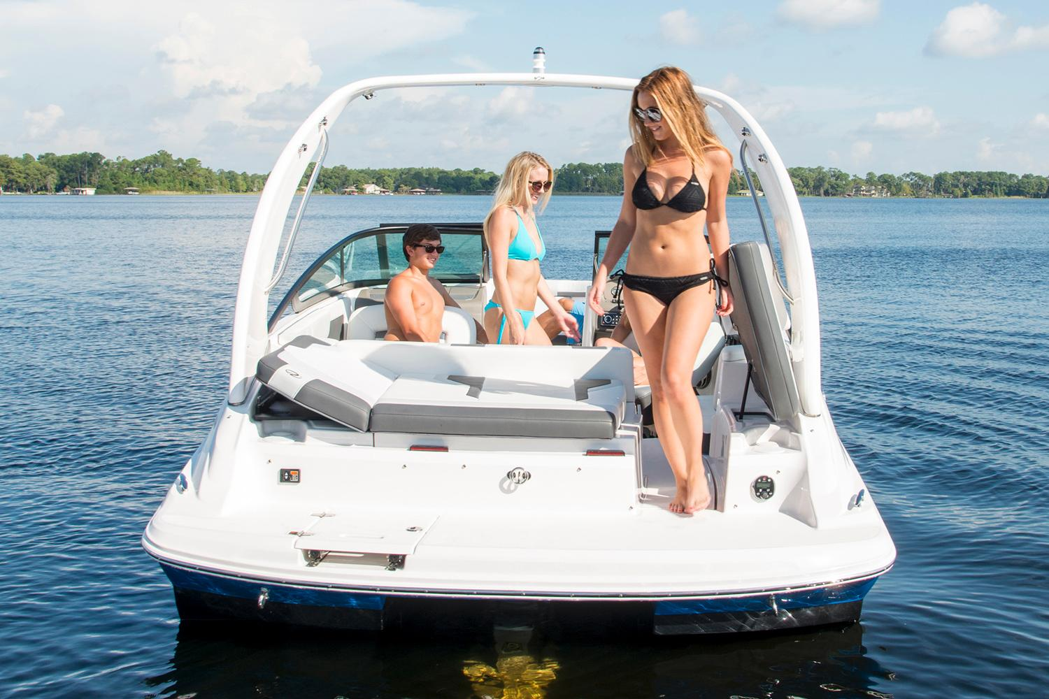 2016 Regal 2000 ESX Bowrider in Bridgeport, New York