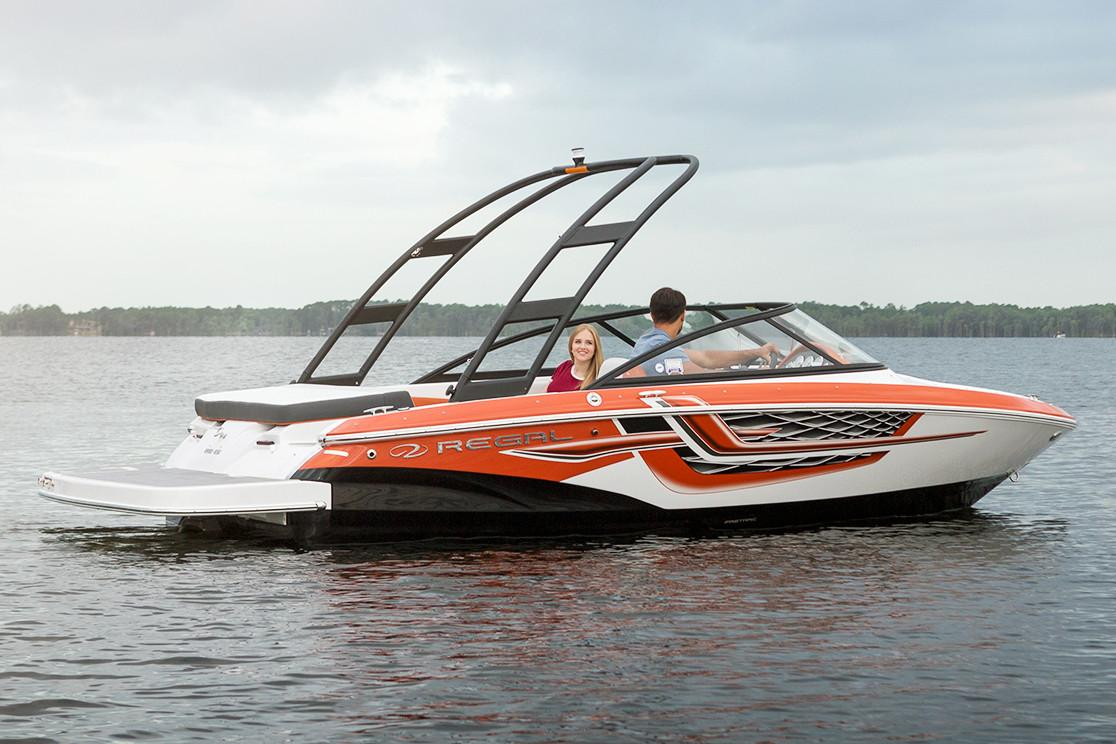 2018 Regal 1900 ES Bowrider in Bridgeport, New York