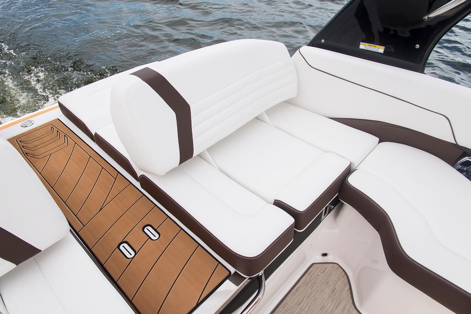 2019 Regal 2300 Bowrider in Bridgeport, New York - Photo 11