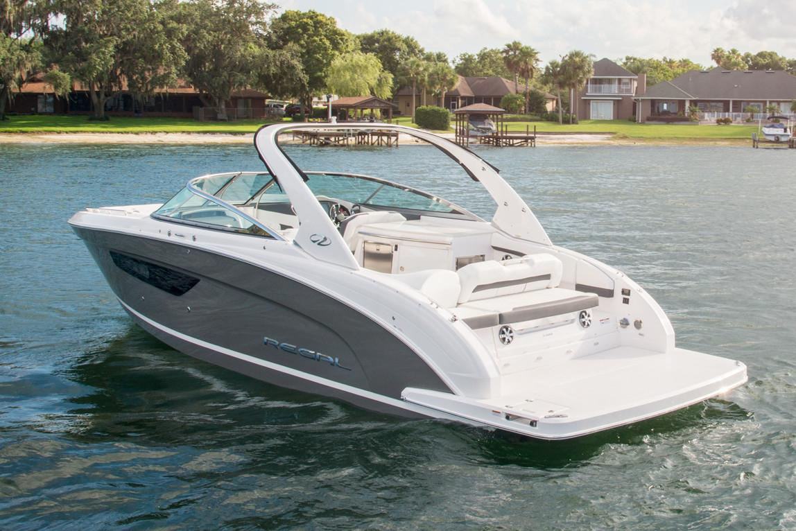 2019 Regal 3300 Bowrider in Bridgeport, New York