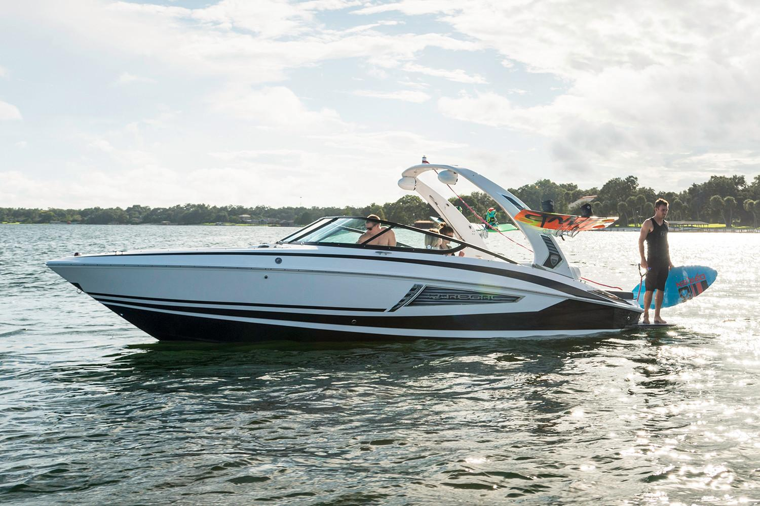 2019 Regal 25 RX Surf in Bridgeport, New York - Photo 2