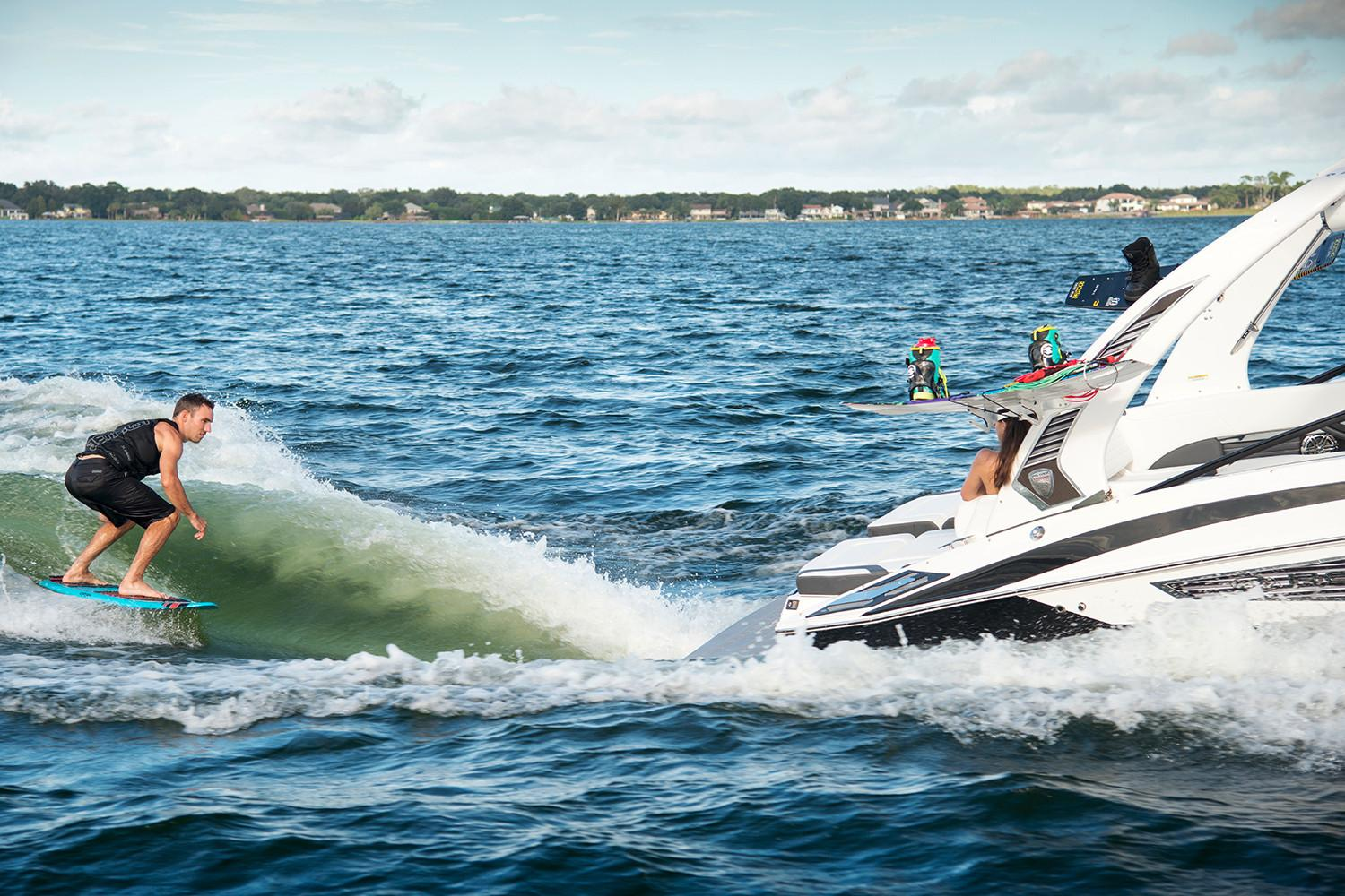 2019 Regal 25 RX Surf in Bridgeport, New York - Photo 5