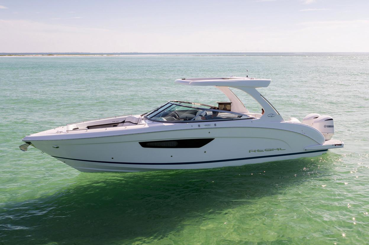 2019 Regal 33 OBX in Bridgeport, New York