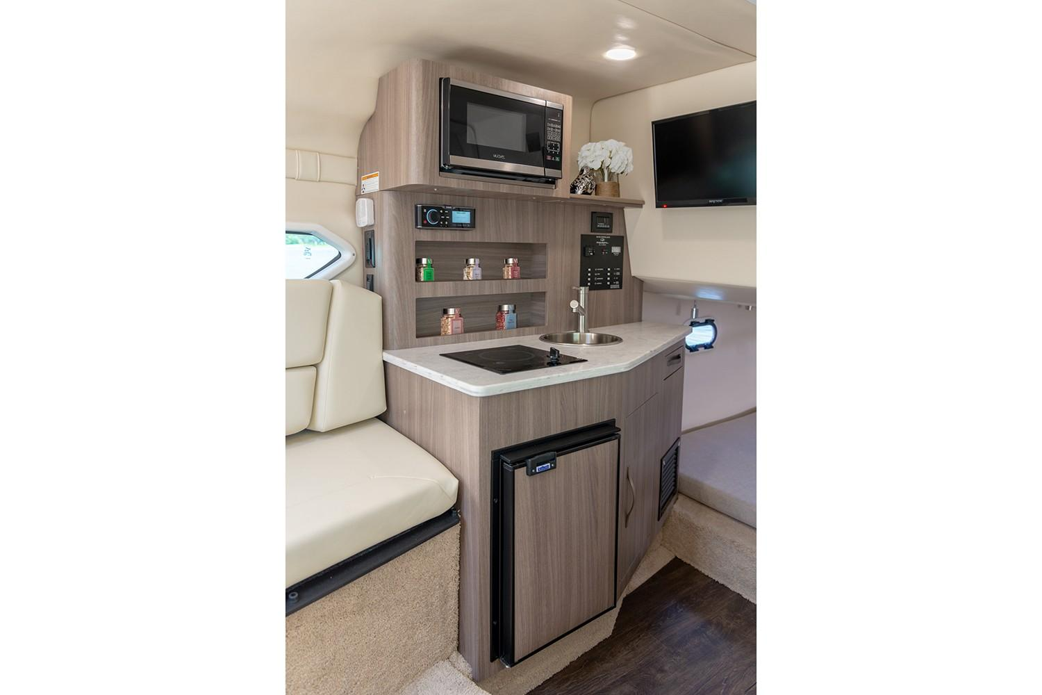 2019 Regal 26 XO in Bridgeport, New York - Photo 14