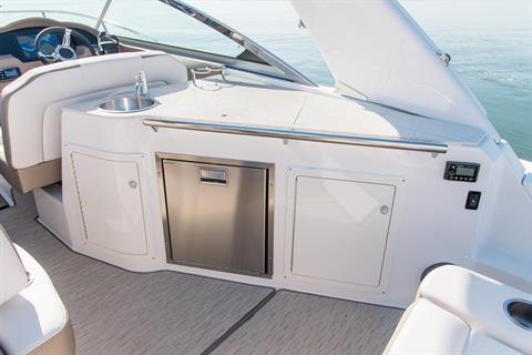 2019 Regal 33 XO in Bridgeport, New York