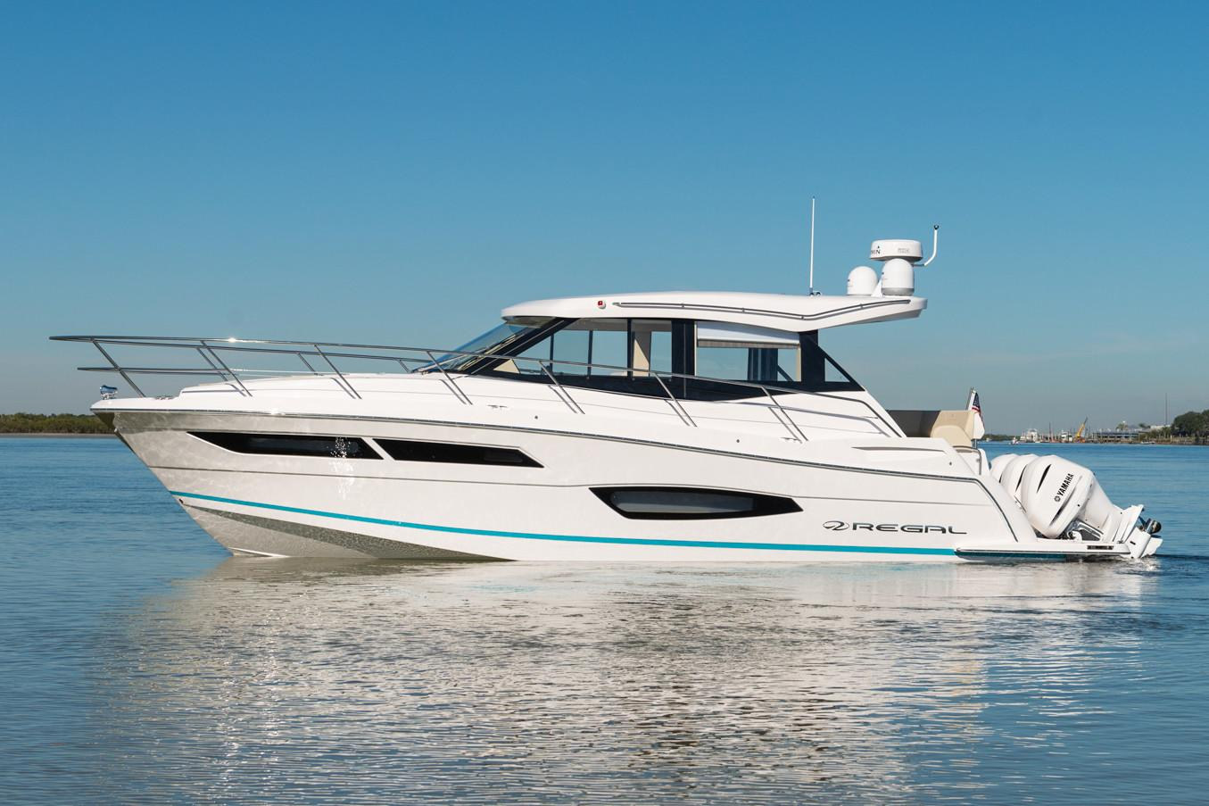 2019 Regal 38 XO in Bridgeport, New York - Photo 2