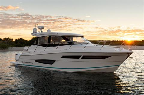 2019 Regal 38 XO in Bridgeport, New York - Photo 3