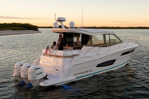 2019 Regal 38 XO in Bridgeport, New York - Photo 4