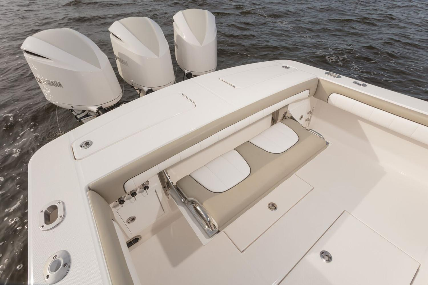2019 Regulator 34SS in Holiday, Florida - Photo 20