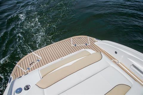 2016 Rinker Captiva 246 CC in Memphis, Tennessee