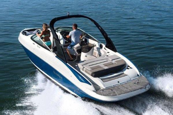 2017 Rinker QX26 CC in Lewisville, Texas
