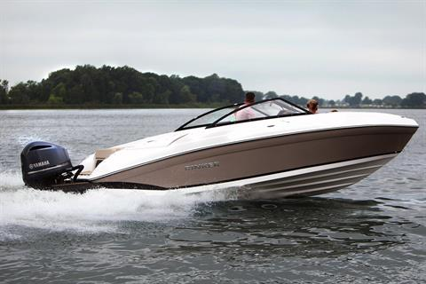 2019 Rinker Q5 OB in Lewisville, Texas