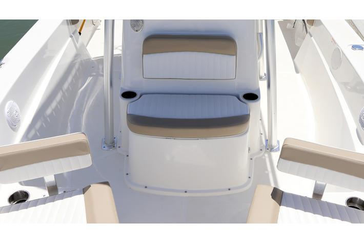 2017 Sea Born LX21 Center Console in Holiday, Florida