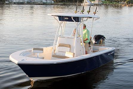 2017 Sea Born LX22 Center Console in Holiday, Florida