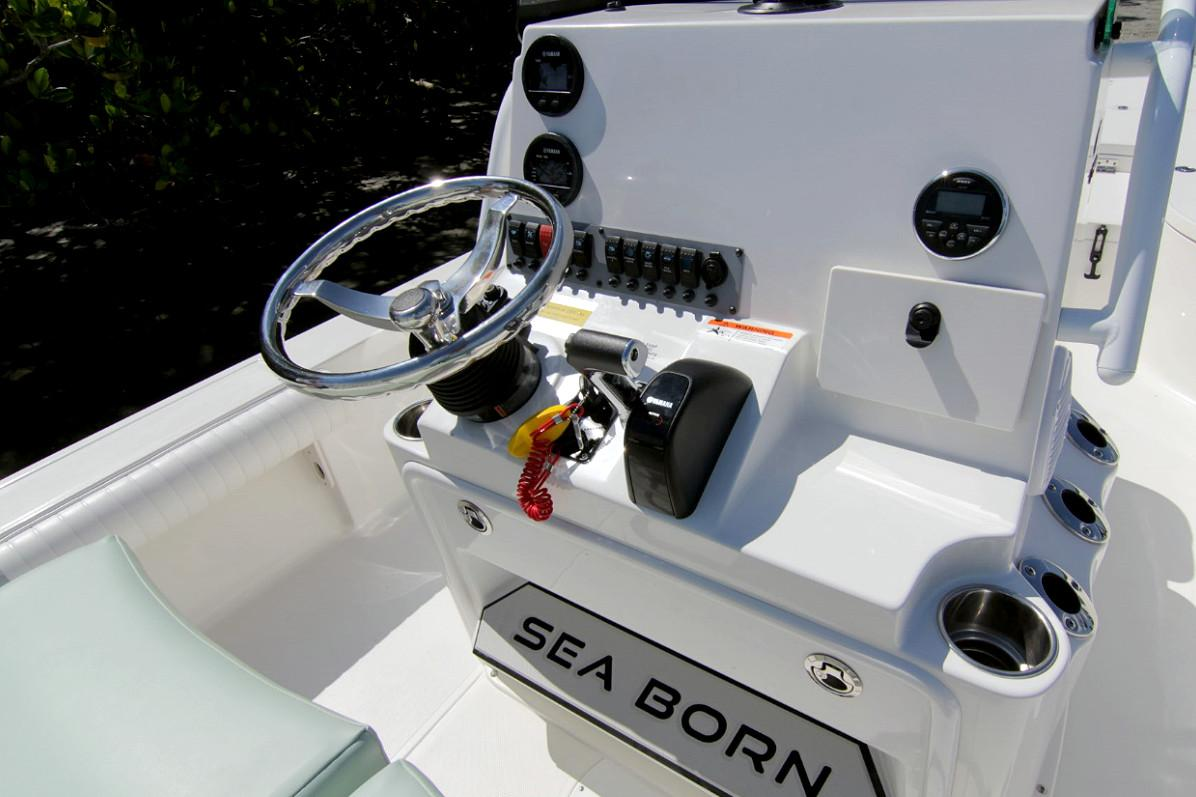 2019 Sea Born FX24 Bay in Holiday, Florida - Photo 6