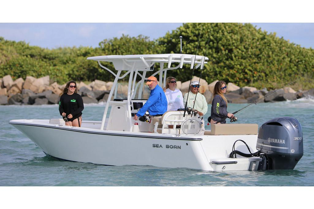 2019 Sea Born LX24 Center Console in Holiday, Florida - Photo 6