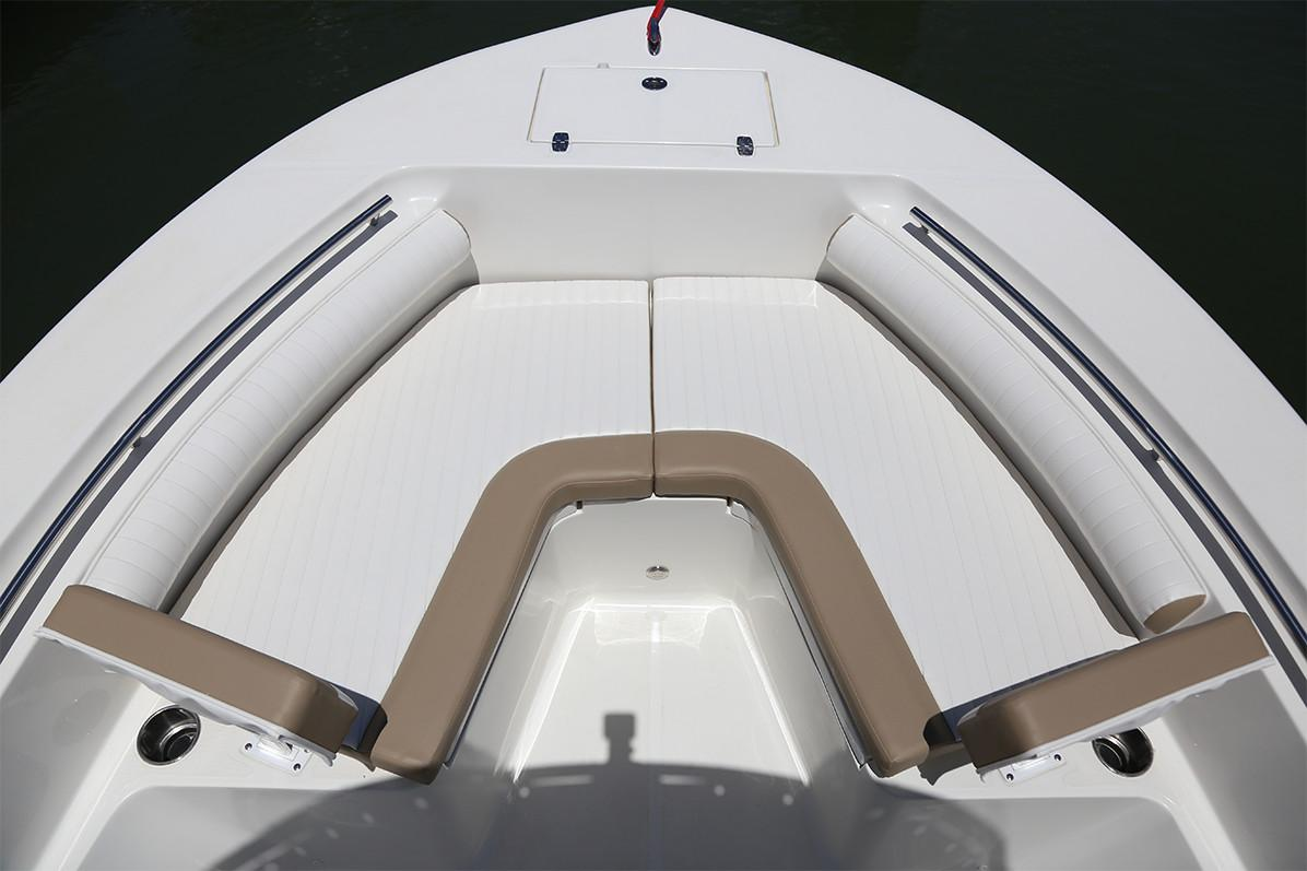 2019 Sea Born LX24 Center Console in Holiday, Florida - Photo 8