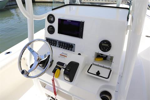 2019 Sea Born LX24 Center Console in Holiday, Florida - Photo 12