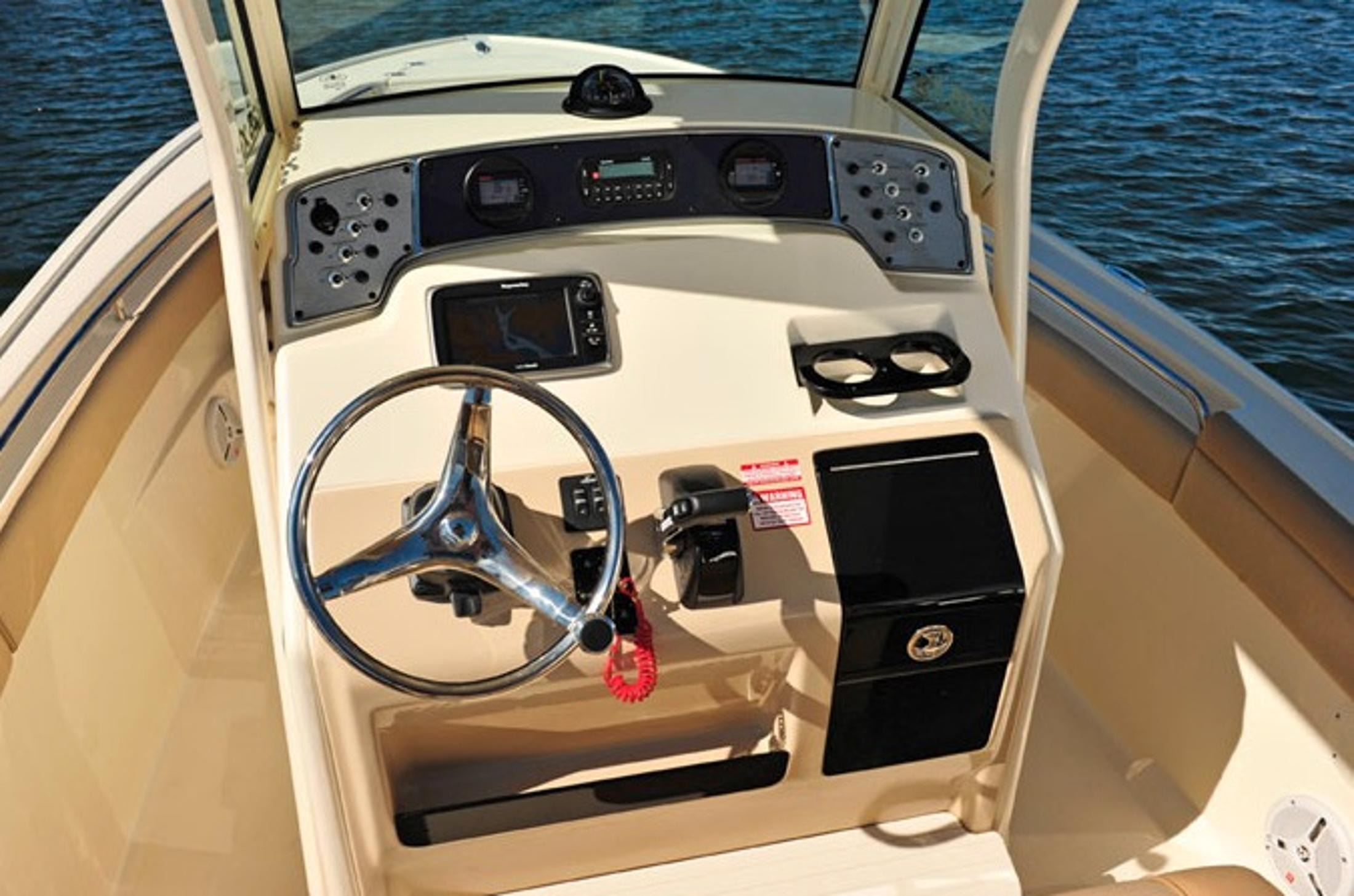 2016 Scout Boats 225 XSF in Bridgeport, New York