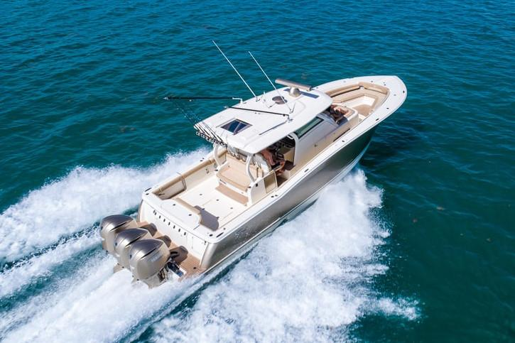 2017 Scout Boats 380 LXF in Ontario, California