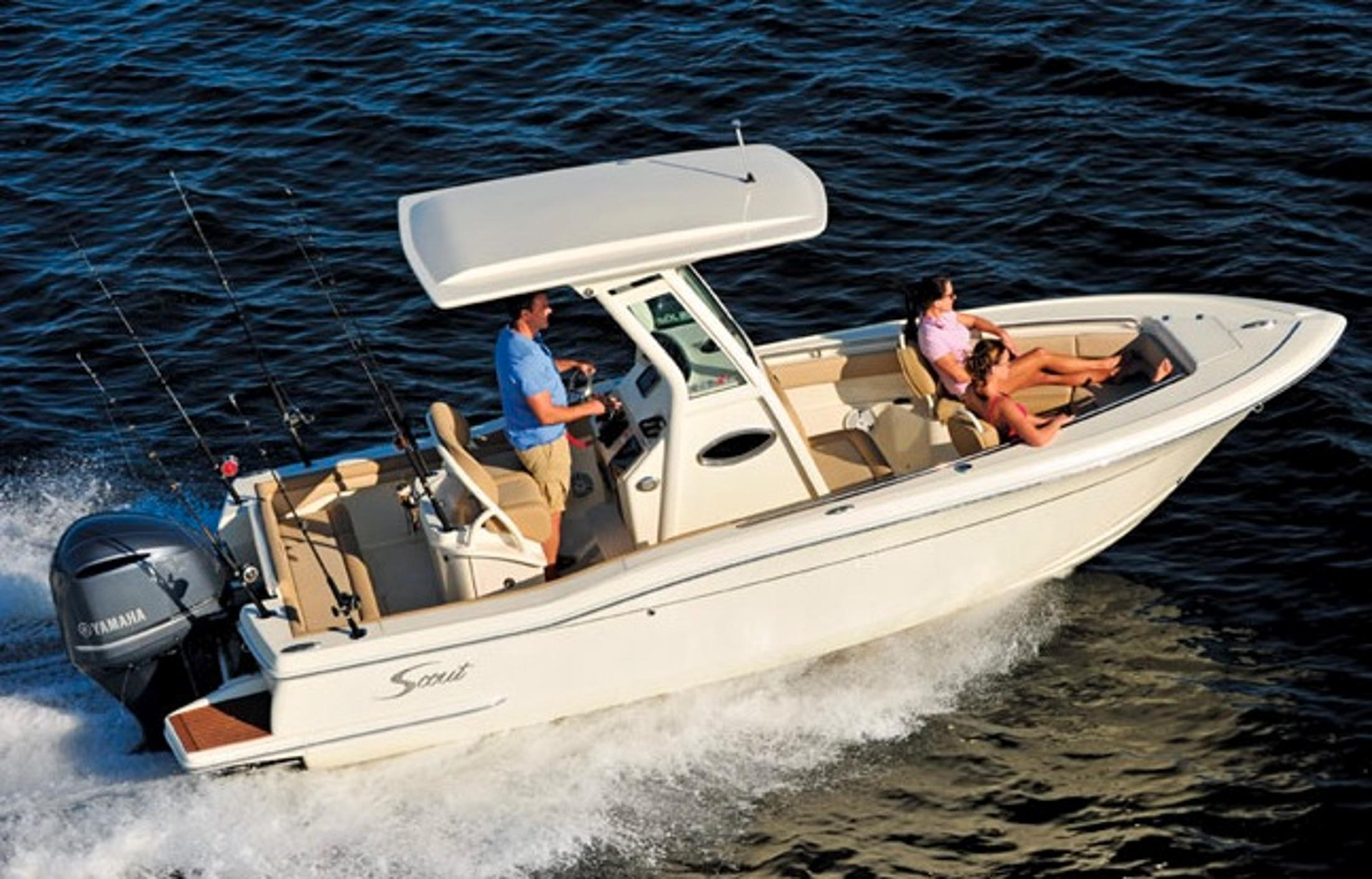 2017 Scout Boats 225 XSF in Ontario, California