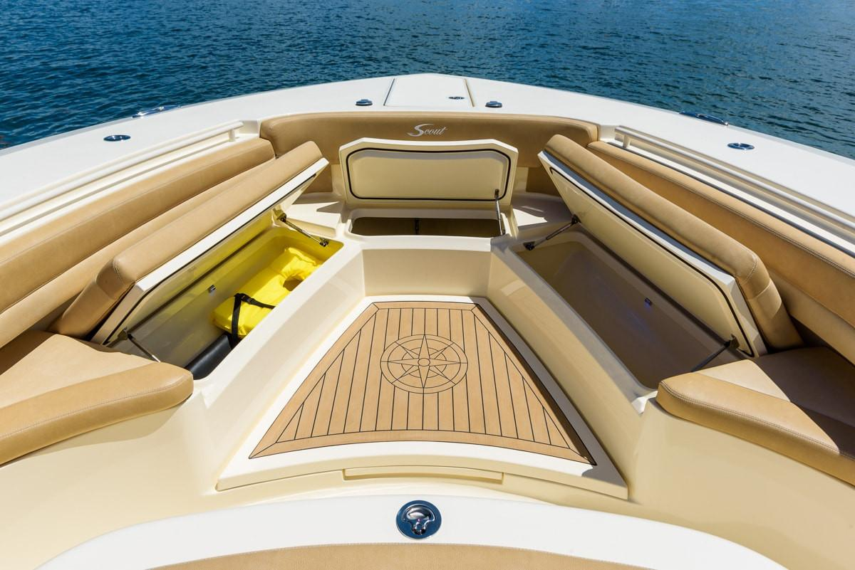2019 Scout Boats 380 LXF in Bridgeport, New York - Photo 6