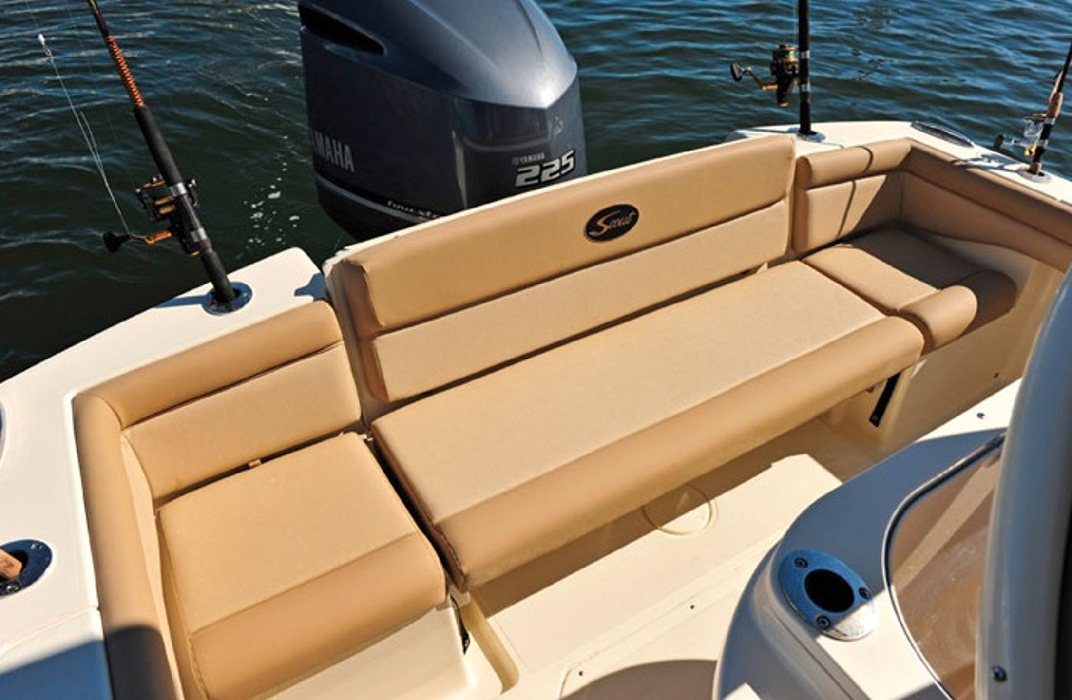 2019 Scout Boats 225 XSF in Bridgeport, New York - Photo 10