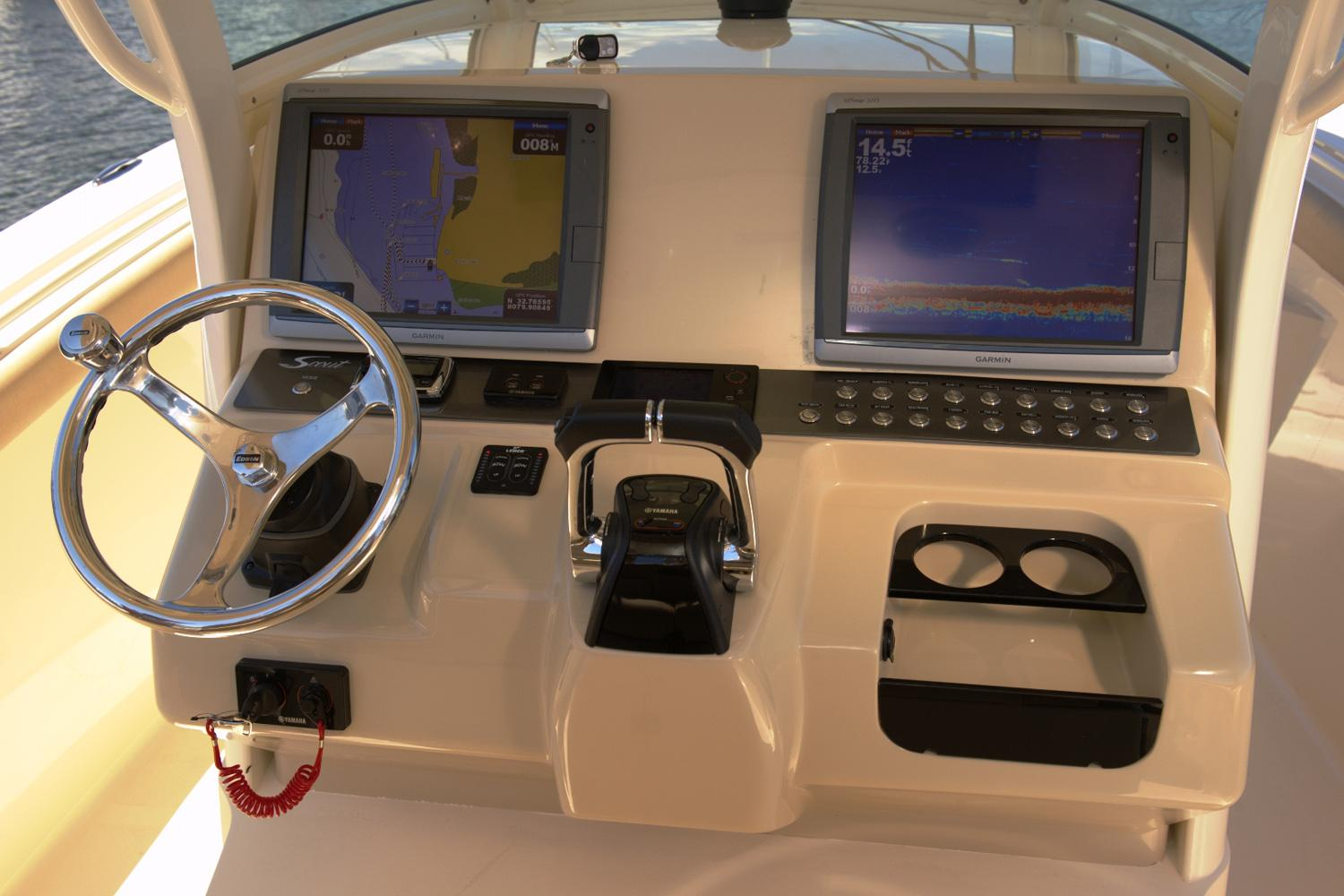2019 Scout Boats 320 LXF in Bridgeport, New York - Photo 7