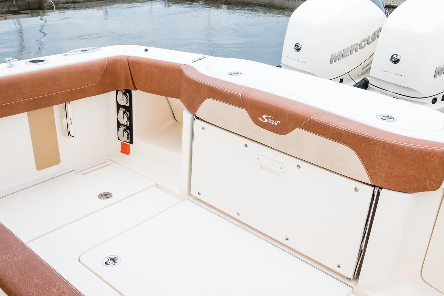 2019 Scout Boats 355 LXF in Bridgeport, New York - Photo 9