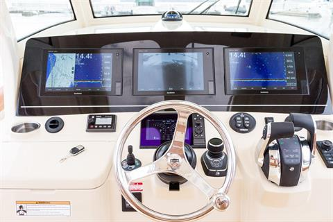 2019 Scout Boats 355 LXF in Bridgeport, New York - Photo 8