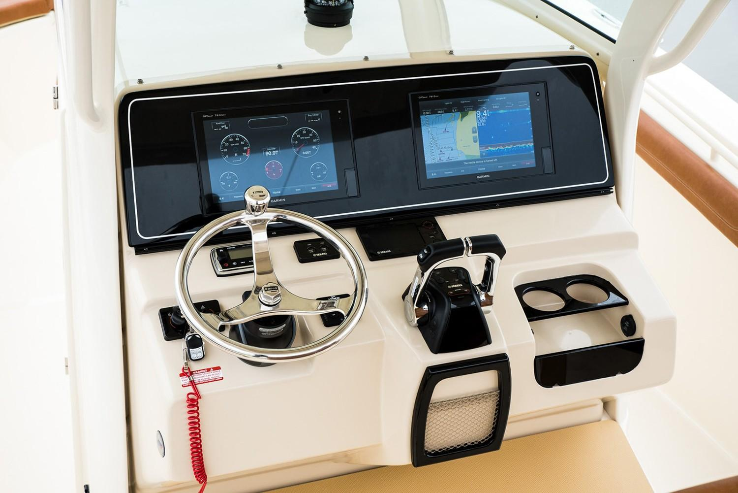 2019 Scout Boats 300 LXF in Bridgeport, New York - Photo 5