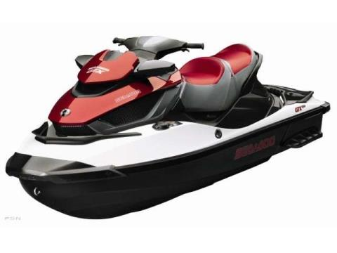 2011 Sea-Doo GTX iS™ 215 in Afton, Oklahoma - Photo 2