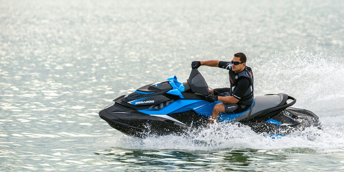 2017 Sea-Doo GTR 230 in Clinton Township, Michigan