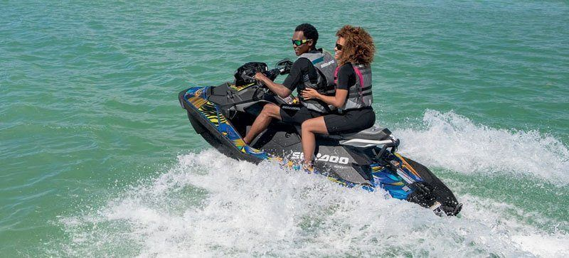 2020 Sea-Doo Spark 3up 90 hp iBR, Convenience Package + Sound System in Clinton Township, Michigan - Photo 3