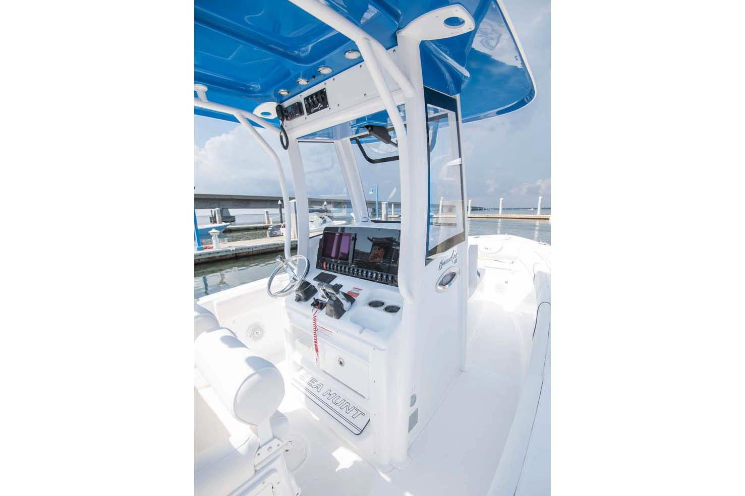 2018 Sea Hunt Gamefish 27 with Coffin Box in Gulfport, Mississippi - Photo 30