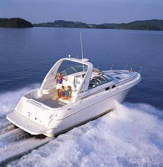 2002 Sea Ray 310 Sundancer in Oceanside, New York