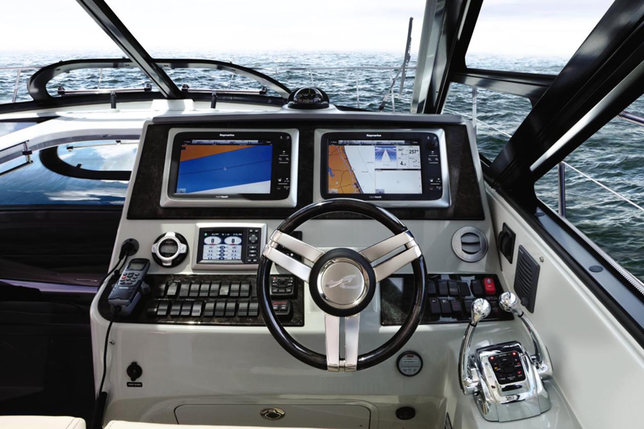 2014 Sea Ray 470 Sundancer in Madisonville, Louisiana