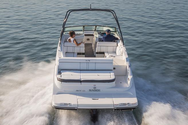 2015 Sea Ray 270 Sundeck in Madisonville, Louisiana