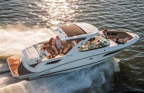 2017 Sea Ray SLX 350 in Holiday, Florida