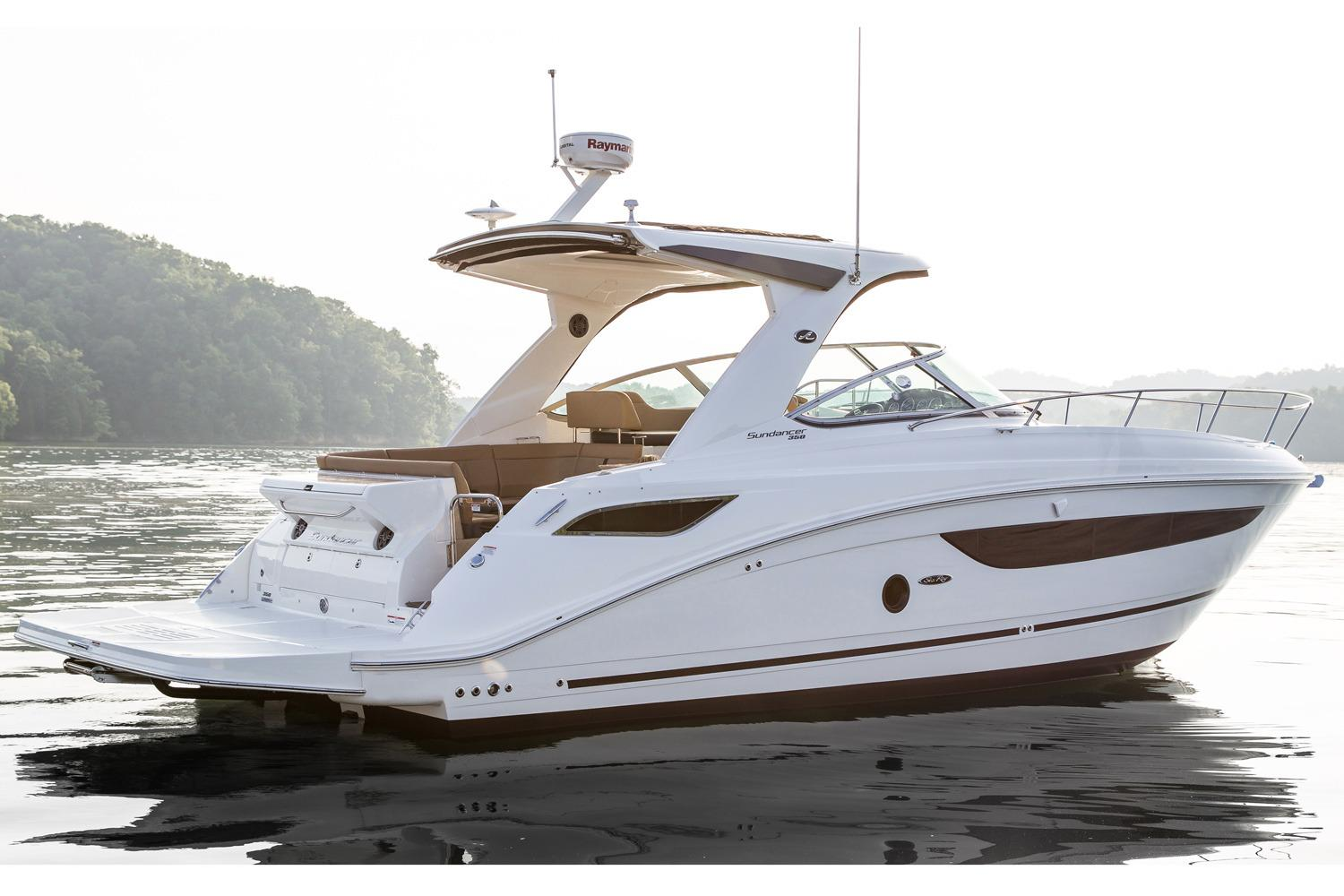 2017 Sea Ray Sundancer 350 in Holiday, Florida