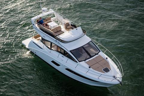 2017 Sea Ray Fly 400 in Holiday, Florida